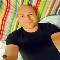 hi everyone, i'm phill.. i love and live life to the fullest. i'm the kind of guy that enjoys a good laugh and conversant,  l...
