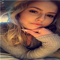 hi i am nathalie i am adventurous woman  i like camping hiking swiming but mostly i like going out and wacth some movie if yo...