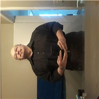 i am an older divorced man looking for a woman for some fun and companionship there must be chemistry between us race does no...