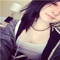 im amanda im easily bored and easily entertained idk what else to put here but ill add more later hmu if you wanna or dont lm...
