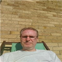 hello im steve 55 never been married always quite happy doing my own thing but now i feel the right time to meet someone for ...