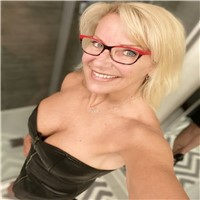 im emanuela 37 years old   new to all this internet stuff and has only been on the site for today and have not talked to any ...